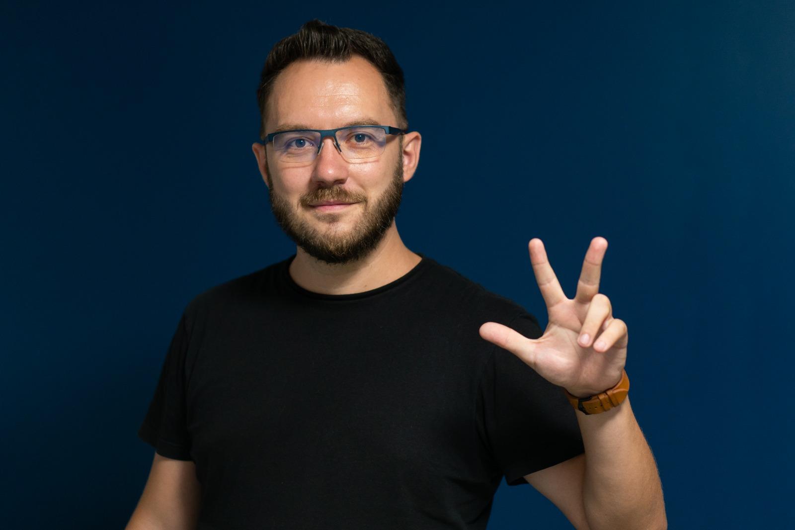 Ionut  Urzeala