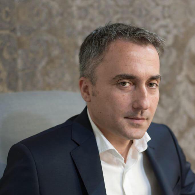 Gigi  Nacev
