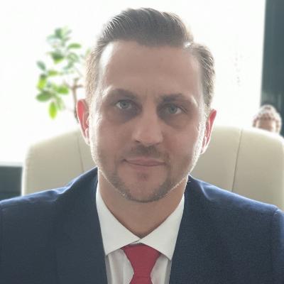 Robert  Szasz