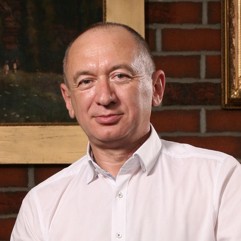 Adrian  Bădescu