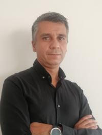 Marius  Buneru