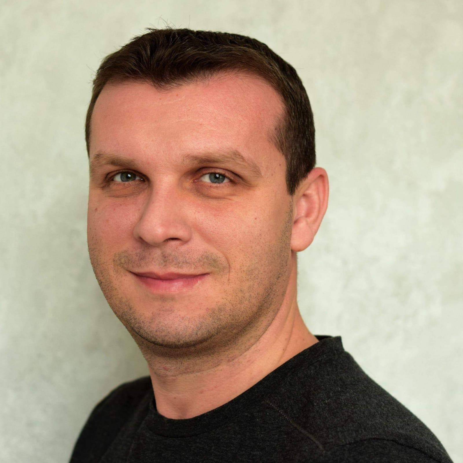 Laurentiu  Vlad
